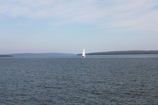 Sea Caves And Lighthouse Picture Of Apostle Islands