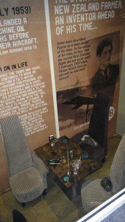 Hangar58: Chair