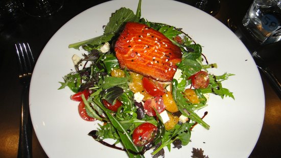 Hangar58: Salmon Salad