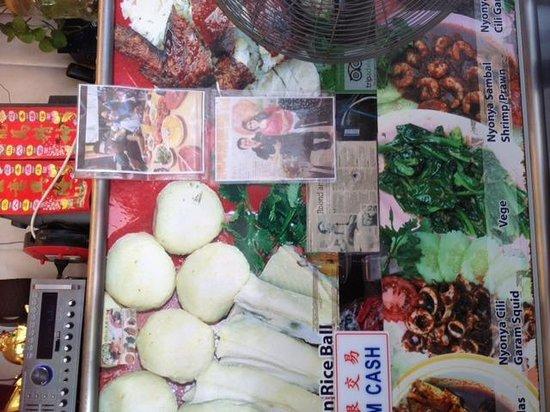 EeJiBan Chicken Rice Ball Halal: Dishes
