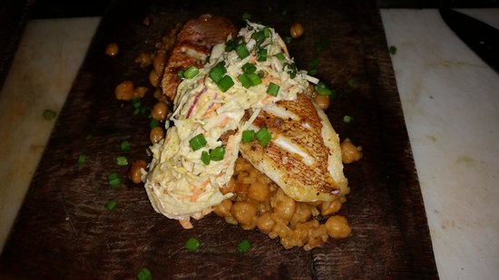 Artisan Kitchen and Bar : snapper