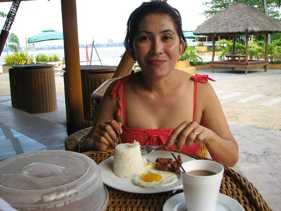 Bluejaz Beach Resort & Waterpark: Breakfast
