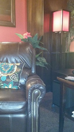 Maduro Cigar Bar Lounge Little Rock 2019 All You Need To Know