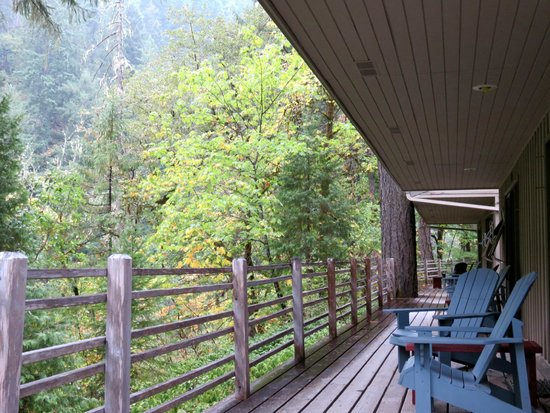 Steamboat Inn: Cabins in the Trees