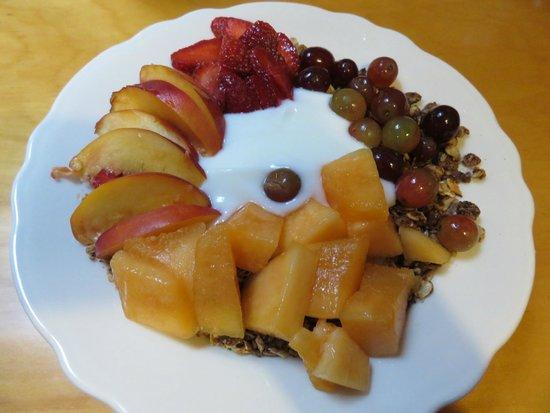 Steamboat Inn: Breakfast Granola
