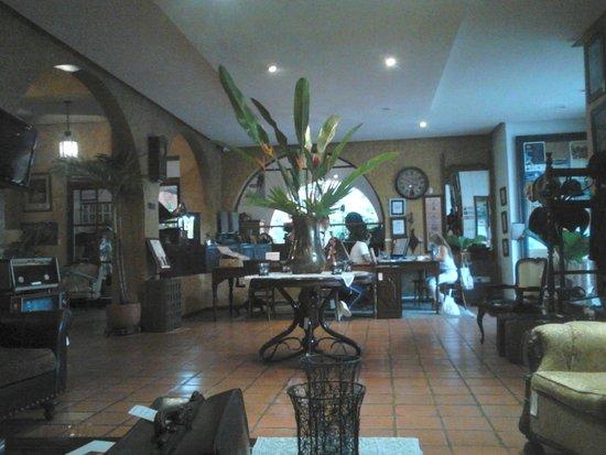 Hotel Mariscal Robledo: recepción