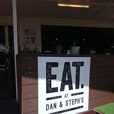 Eat at Dan & Stephs: Check it out