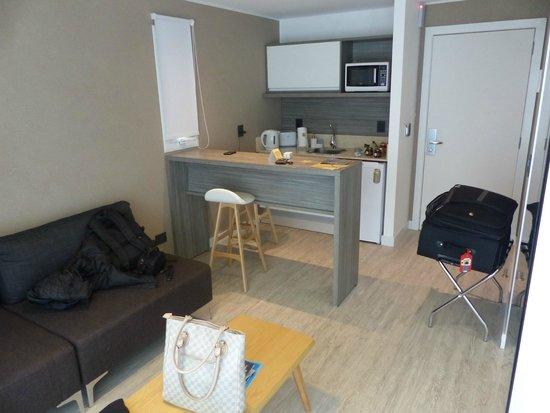2122 Hotel Art Design: 204 - Mini cozinha com talheres