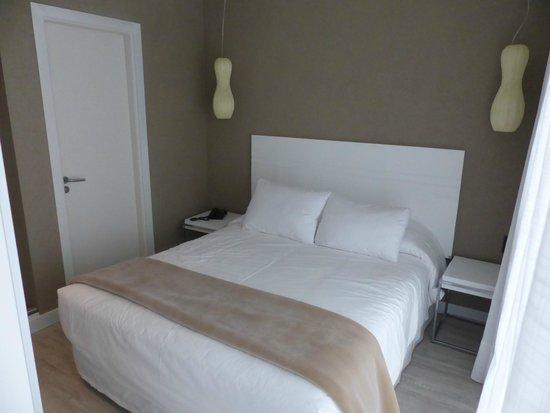 2122 Hotel Art Design: 204