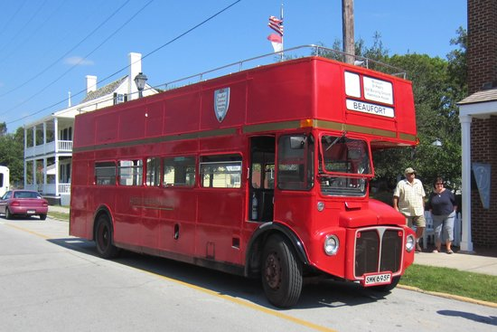 ‪Beaufort Historic Site Double-Decker Bus Tour‬
