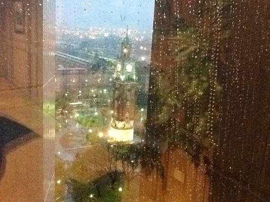 Park Tower : Piso 22