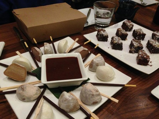 Pacific Catch : Mochi and brownies