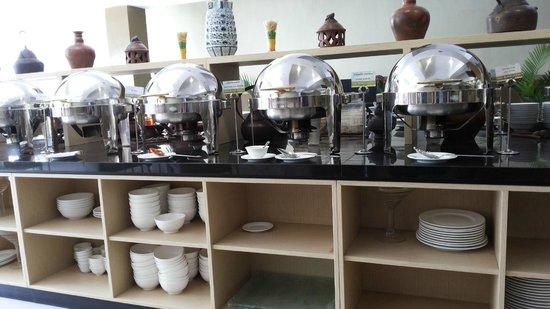 De Batara Hotel : Good breakfast spread