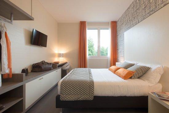 camera matrimoniale vista parco - Picture of Hotel Tiziano - Gruppo ...
