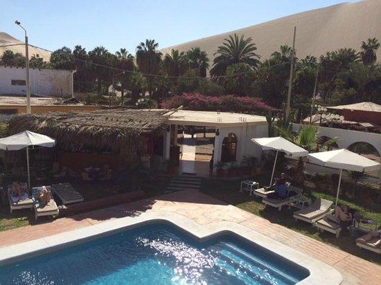 Hotel Restaurant Curasi : piscina e hall