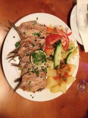 Restaurant de Portugees: Queste sarebbero due porzioni nello stesso piatto...sic!