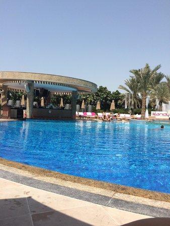 Shangri-La Hotel, Dubai : Swimming pool