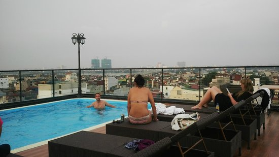 Hanoi Tirant Hotel: New pool on the rooftop