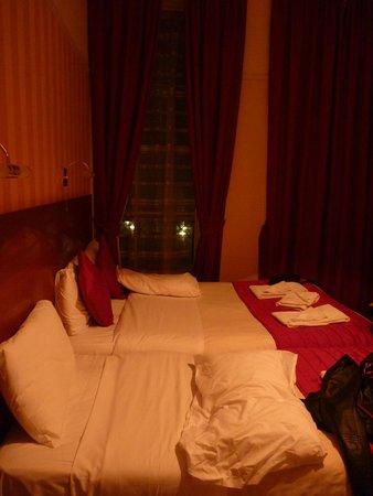 Avonmore Hotel: si dorme vicini-vicini