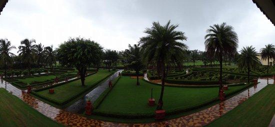 The LaLiT Golf & Spa Resort Goa: Panaroma