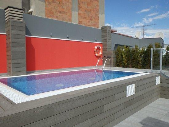 Catalonia Roma: Rooftop Pool