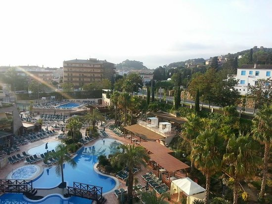 جولدن باهيا دي توسا آند سبا: View from room on 5th floor