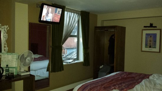 The Romany Rye Hotel: Room 205