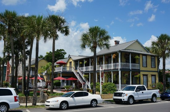 Bayfront Marin House Historic Inn: L'exterieur
