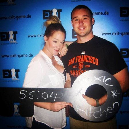 Exit - Live Escape Game: So much fun, you even get a picture when you finish the game!!
