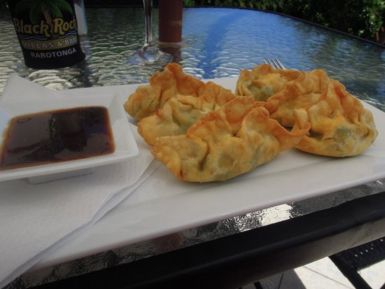 Tuoro Restaurant & Cafe: Wontons filled with Brie, Broccoli & local spinach