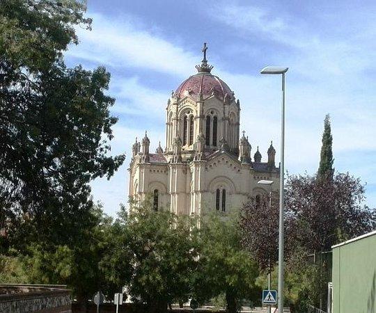 Pantheon of the Condesa de la Vega del Pozo: V1
