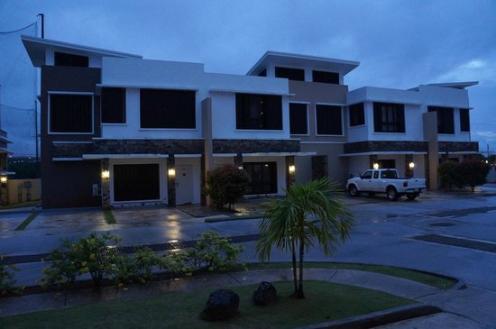 Tumon Bel-Air Serviced Apartments: Facade