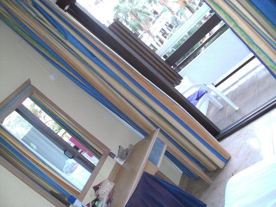 azuLine Hotel Bergantin: Room