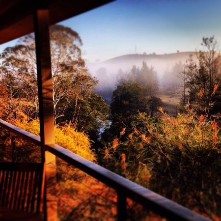 Barrington Hideaway: Sunrise and mist over the beautiful Barrington river