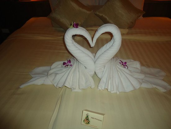 Seaview Patong Hotel: Anniversary Welcome