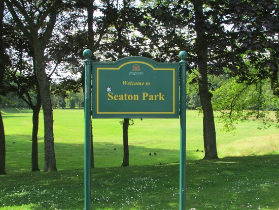 the wel e signage of seaton park   picture of seaton