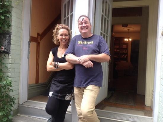 A l'Adresse du Centre-Ville: our amazing hosts - Nathalie et Robert!