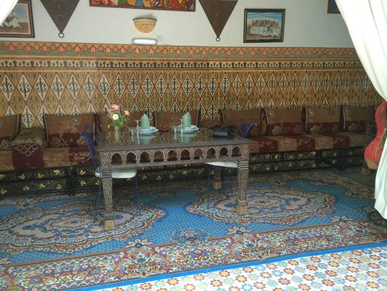 Riad Maryam Restaurant: notre table pour midi