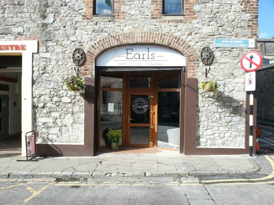 Earl 39 s cafe drogheda restaurant reviews phone number photos tripadvisor for D hotel drogheda swimming pool