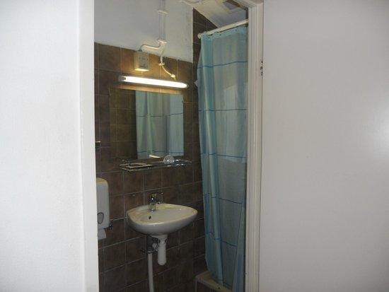 Hotel Titus: il bagno
