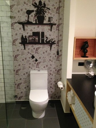 Atura Blacktown : Funky bathroom decor... Yes, that is an owl.