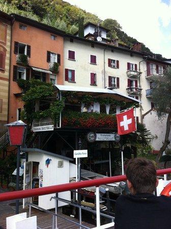Ristorante Roccabella: Looking back at the boat