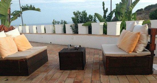 Castelo do Mar Bar, Restaurante: Outside on the terrace
