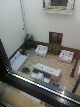 Adealba Hotel: Vistas interiores del hotel desde la habitación