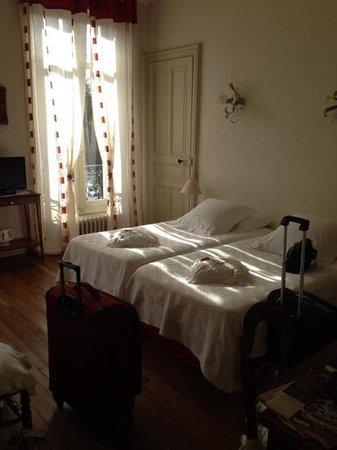Chambre d'hotes L'Ambroise: bedroom