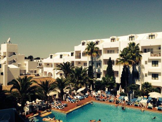 Sol Cala d'Or Apartamentos : Вид на бассейн