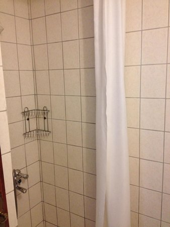 Happy Caretta Hotel : Bathroom