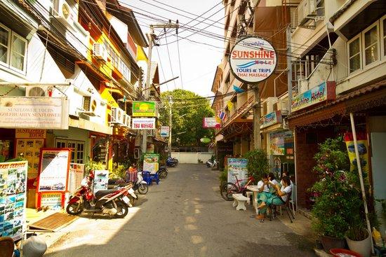 Sunshine Guest House Hua Hin: Soi 67