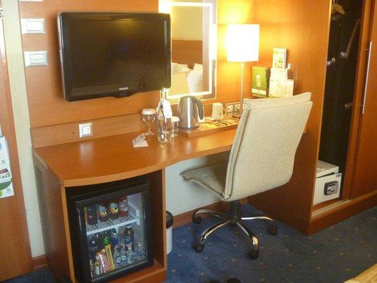 Holiday Inn Istanbul City : Room