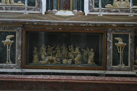 Abbazia di Santo Spirito: L'altare